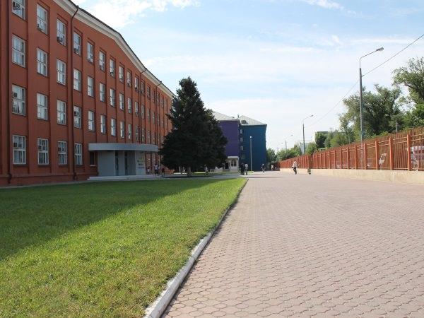 Областное министерство благодарит АГУ за совместные мероприятия