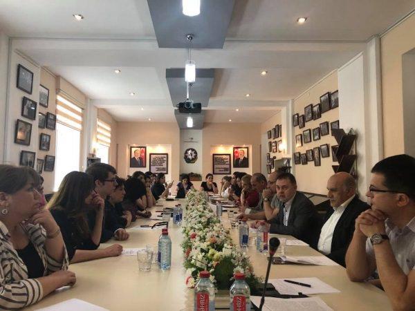 Учёный Астраханского госуниверситета пригласил азербайджанских коллег на Каспийский медиафорум