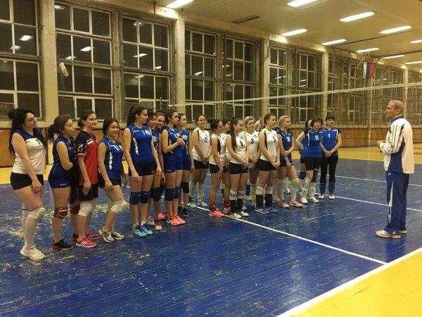 Команда АГУ – призёр чемпионата по волейболу