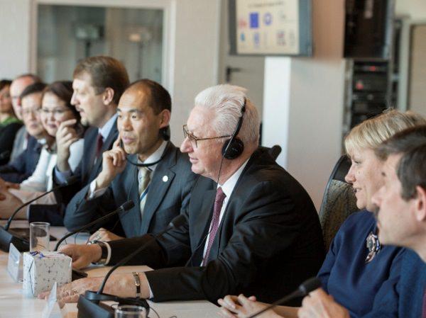 АГУ посетили члены Международной федерации переводчиков