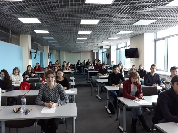 Студенты АГУ стали победителями регионального этапа федерального диктанта по французскому языку