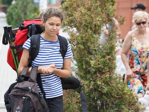 Первокурсники Астраханского госуниверситета отправились на раскопки Самосдельского городища