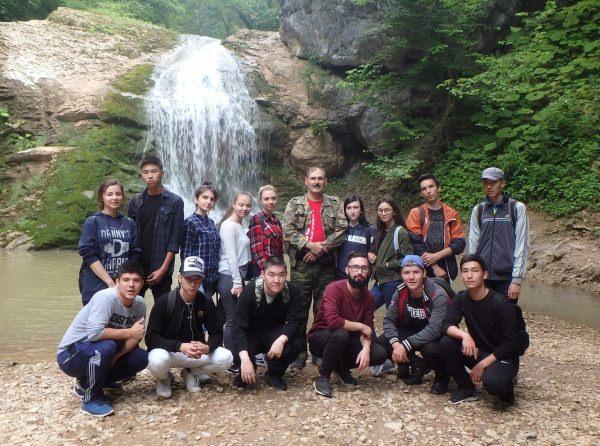 Студенты Астраханского госуниверситета прошли кавказскими тропами