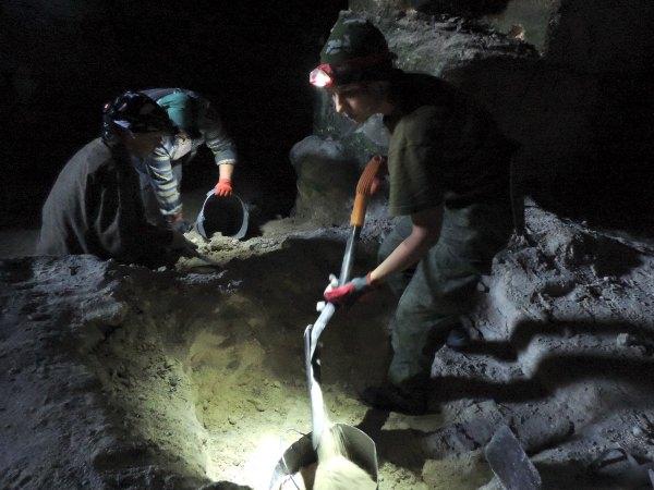 АГУ присоединился краскопкам подземного гарнизона вКерчи