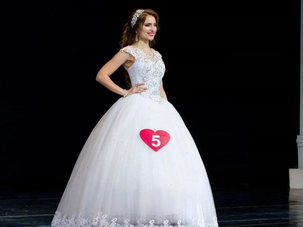 Магистрантка АГУ стала Бриллиантовой невестой России