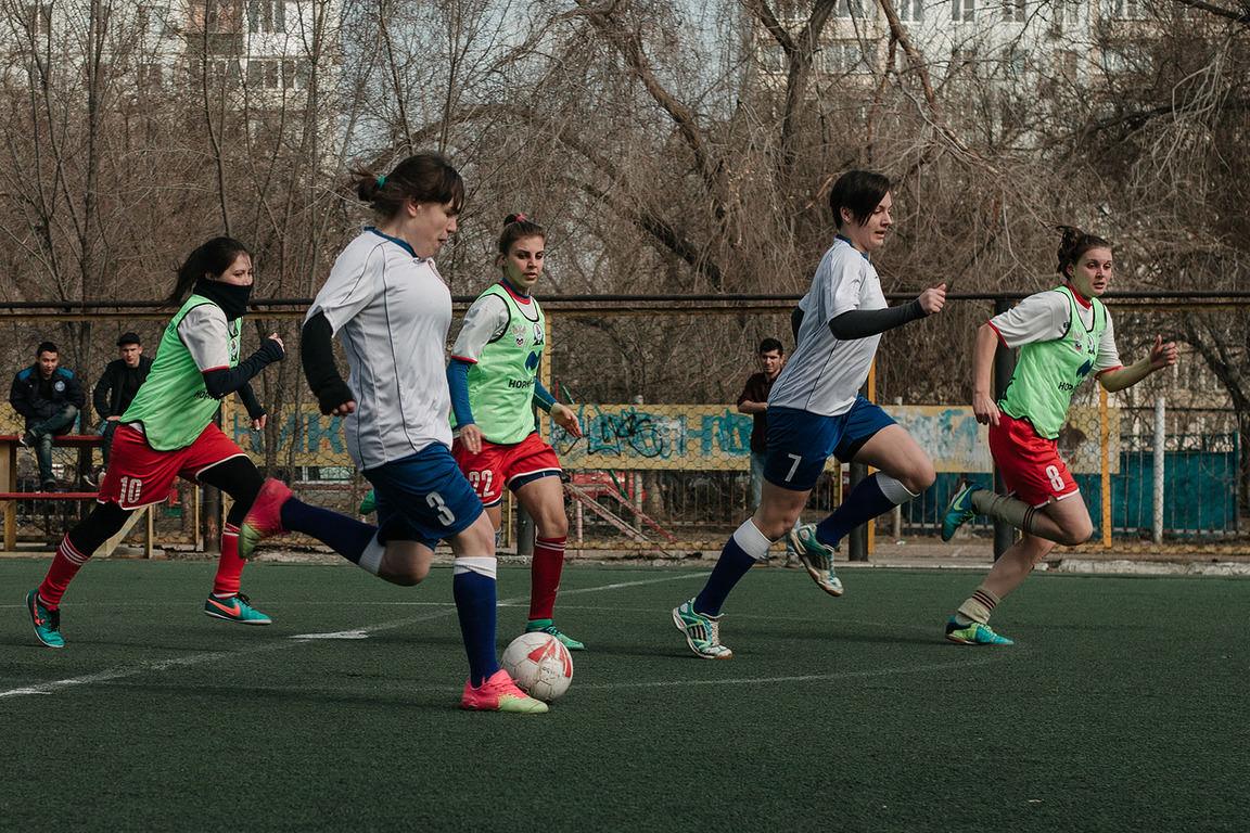 Студенты АГУ стали участниками Молодёжных игр по футболу