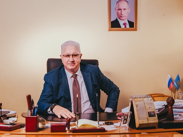 Rector Konstantin Markelov Sends His Greetings to ASU on Russia Day
