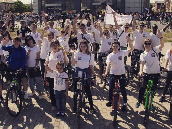 Велосипедисты АГУ приняли участие в общегородском заезде