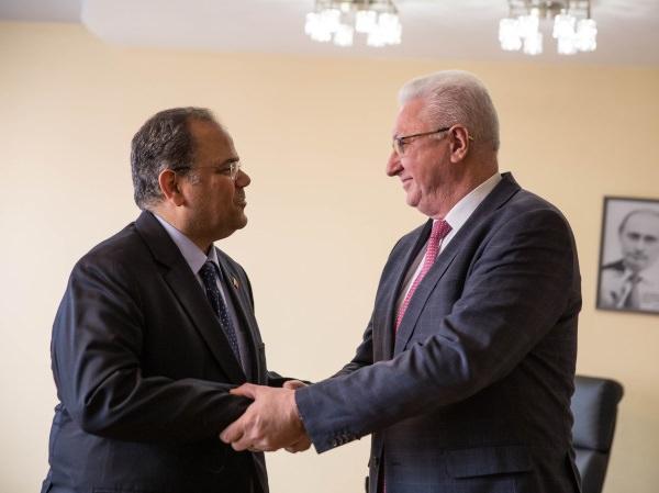 Посол Королевства Бахрейн посетил АГУ