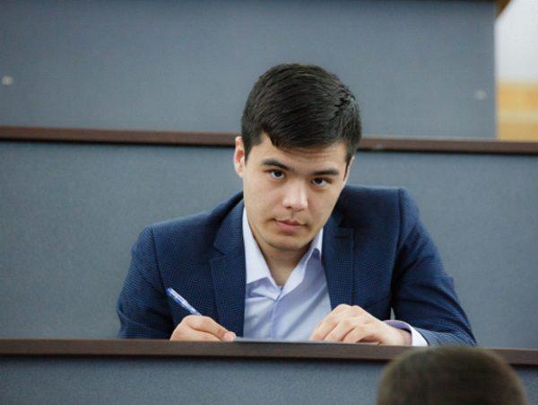 Иностранные студенты АГУ проверили знания русского языка