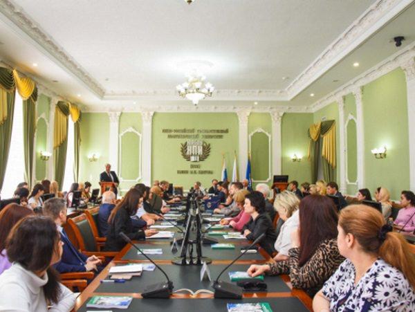 Делегация АГУ приняла участие в научном форуме в Новочеркасске