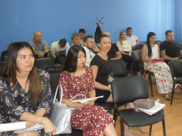 В Департаменте непрерывного образования АГУ состоялся первый выпуск слушателей