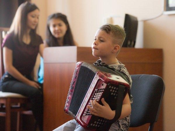 Психологи АГУ научили школьников быть успешными и управлять конфликтами