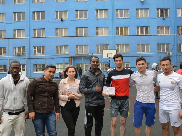 В АГУ прошёл турнир по мини-футболу для иностранных студентов